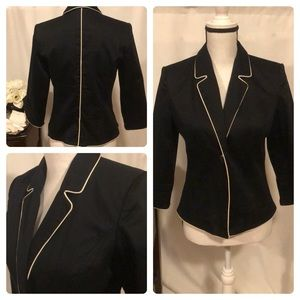 💼 Oscar black jacket size 6